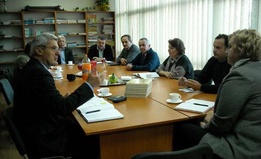 Gradonačelnik sa suradnicima u obilasku Obrtničke i tehničke škole Ogulin